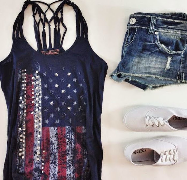 Singlet With American Flag And Denim Shorts
