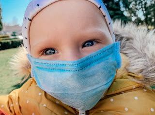 Inilah Bahaya Menggunakan Masker Menangkal Corona untuk Anak-anak