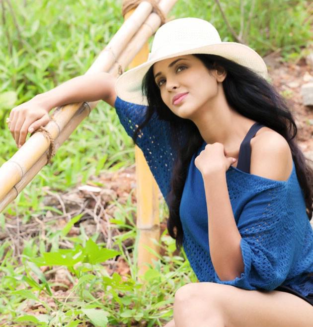 Actress Priyashri stills
