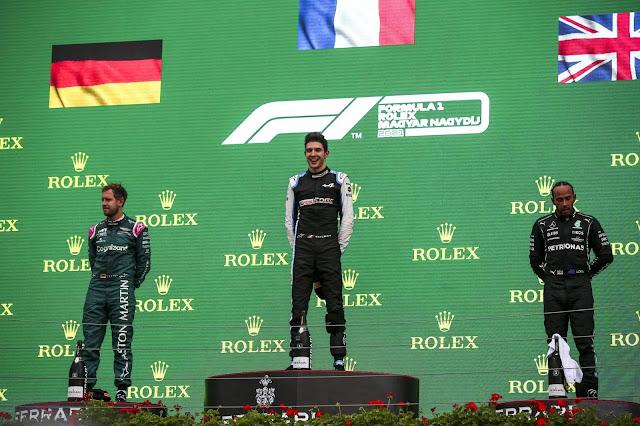 Podio GP Hungría 2021. Fotografía: Media Aston Martin Cognizant Racing