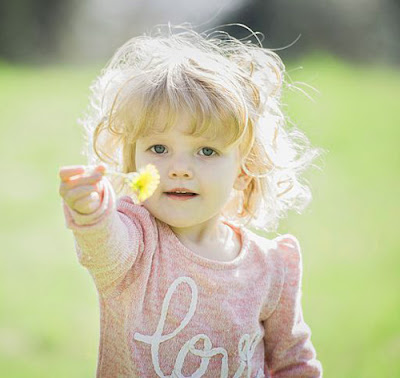 Beautiful Cute Baby Images, Cute Baby Pics And cute dog video