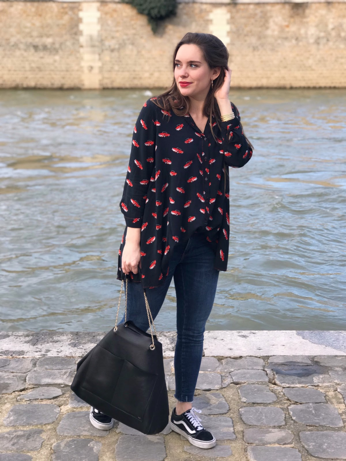look chemise voitures rouges 2