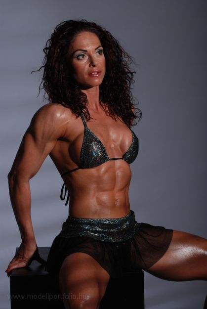 Female Fitness and Bodybuilding Beauties: Gabriella