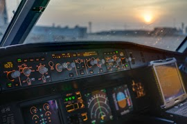 9 Macam Alat Bantu Navigasi Pesawat