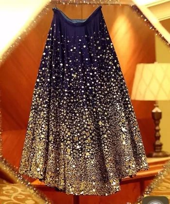 long skirts, latest fashion trends, skirts and lehanga, women's fashion, girl's fashion, party wear dresses, party wear for