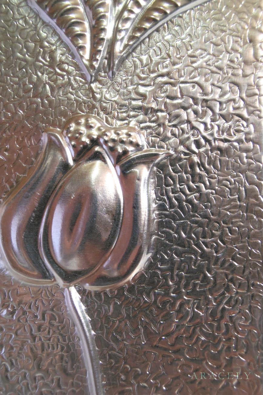 porta retratos repujado aluminio flores tulipanes