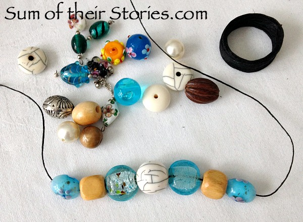 Easy to make bead necklace