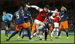 3 Teknik Penjagaan/Pertahanan Sepak Bola