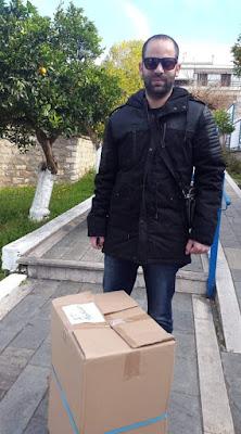 Αρίστος Σουλιώτης: Δώρισε λαμπάδες στο νηπιαγωγείο Μαργαριτίου