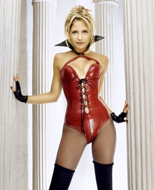 sarah michelle gellar sensual Gata   Buffy a caçadora de vampiros
