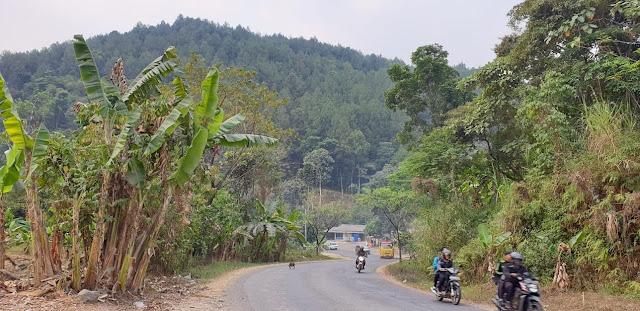 Jalan jalan ke Bandung naik motor