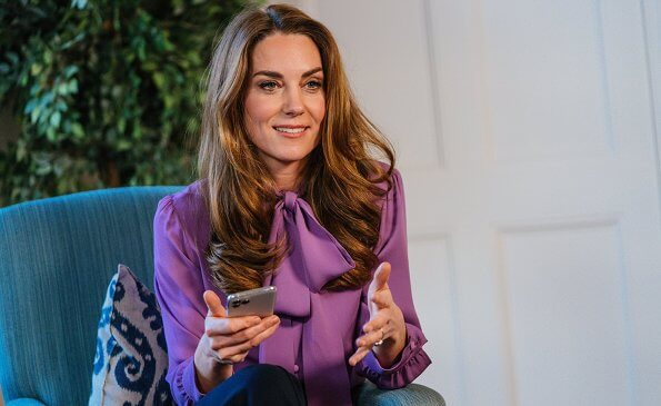 Kate Middleton wore a purple pussy-bow silk crepe blouse by Gucci. The Duchess Cambridge wore a pussy-bow silk crepe blouse from Gucci