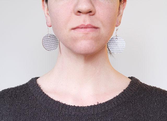 5-minute DIY earrings