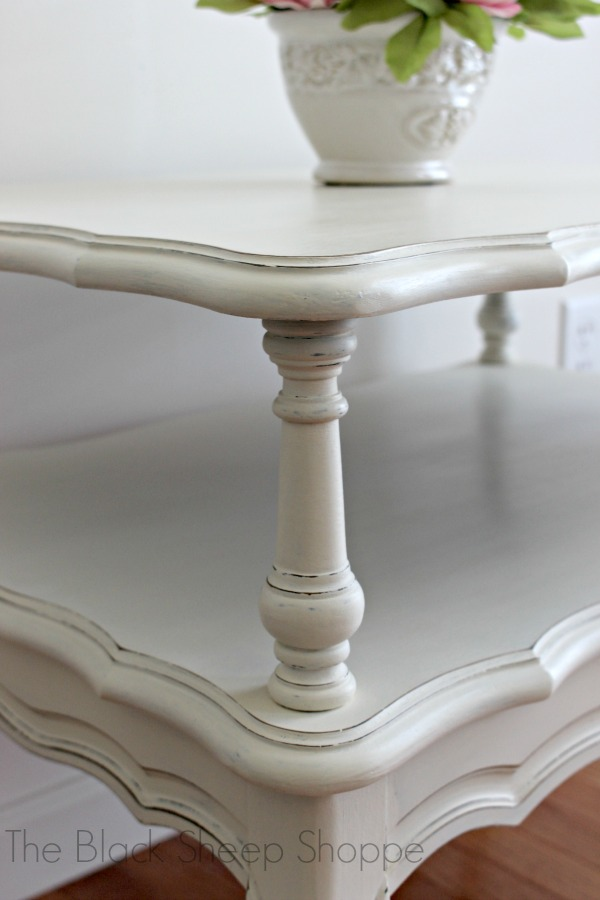 Light distressing accentuates the details while still keeping an elegant tone.