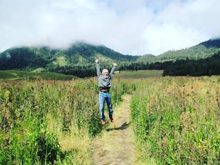 Sensasi Oro Oro Ombo Semeru, Jawa Timur yang mirip taman lavender Provence, Prancis 2