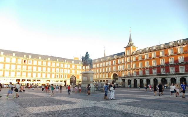 ESPAÑA: Qué Ver En Madrid En Un Día por Kaiser Solano de Alpargata Viajera. TURISMO.