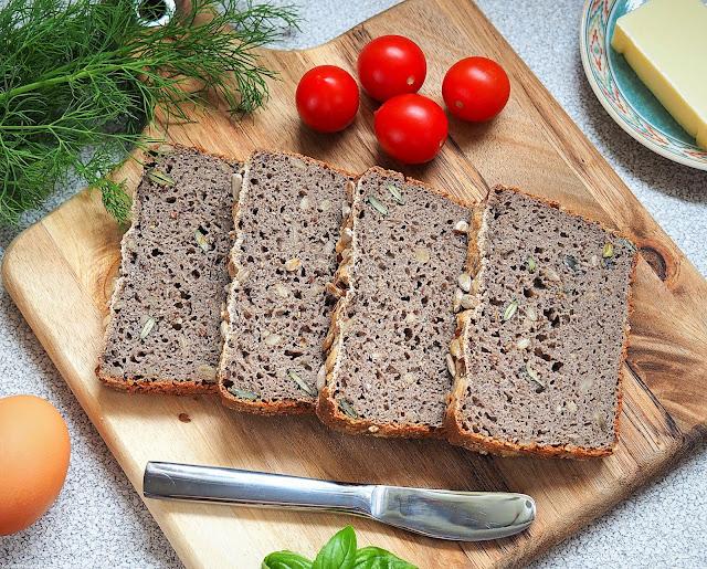 Bezglutenowy chlebek gryczany