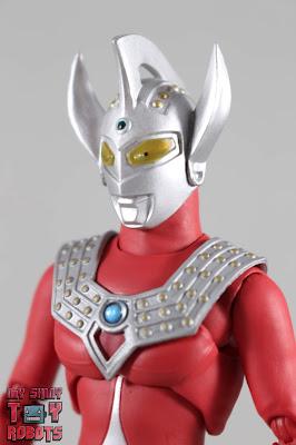 S.H. Figuarts Ultraman Taro 01