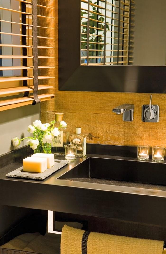 Oryginalne wnętrze w spokojnych szarościach, wystrój wnętrz, wnętrza, urządzanie domu, dekoracje wnętrz, aranżacja wnętrz, inspiracje wnętrz,interior design , dom i wnętrze, aranżacja mieszkania, modne wnętrza, styl nowoczesny, styl klasyczny, szare wnętrza, aranżacja w szarościach, łazienka
