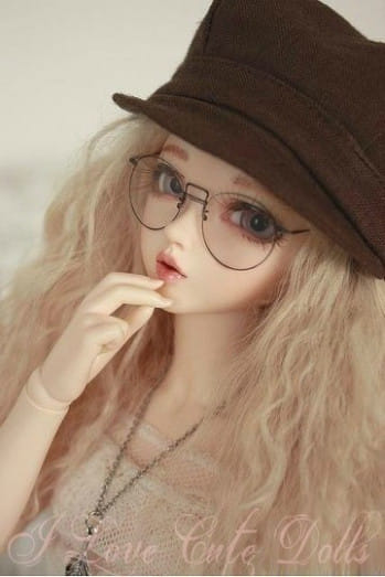 Dolls Pictures