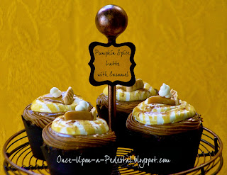 pumpkin-spice-latte-cupcakes-recipe-pie-toppers-free-tutorial-deborah-stauch