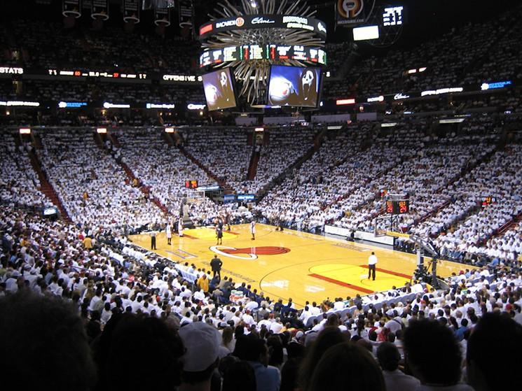 2711fd182e Assistir a um jogo da NBA em Miami