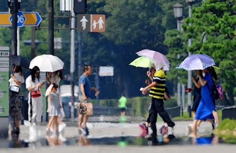 Már négy halálos áldozatot követelt a hőség Japánban
