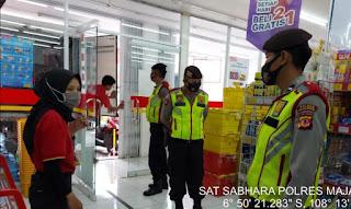 Tingkatkan Keamanan Dan Himbauan Covid-19, Sat Sabhara Polres Majalengka Patroli Pusat Perbelanjaan