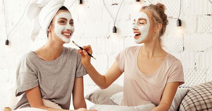 Suplemen Kulit VS Skincare Mana yang Lebih Penting?