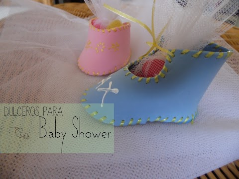 Dulceros para Baby Shower: Zapatitos de Fommy