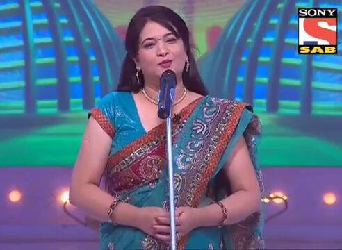 ज़ुल्फ़ जब खुल के बिखरती है मेरे शाने पर Urdu Gazal By कविता किरण