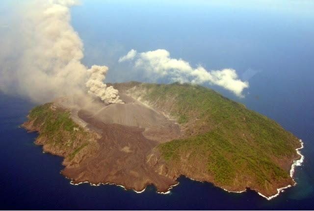 Gunung Pulau Barren