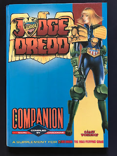 Cover of the Judge Dredd Companion, published by Games Workshop.