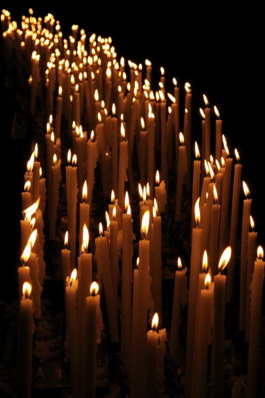 свечи в Милане