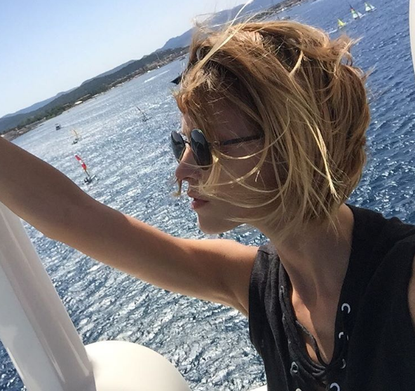 Anja Rubik Cuts Off Her Hair, Shares Hair Tips