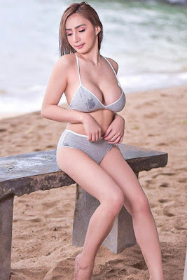 Hot and sexy photos of beautiful busty pinay hottie chick freelance model babe Charlene Cruz photo highlights on Pinays Finest Sexy Photo Collection site.