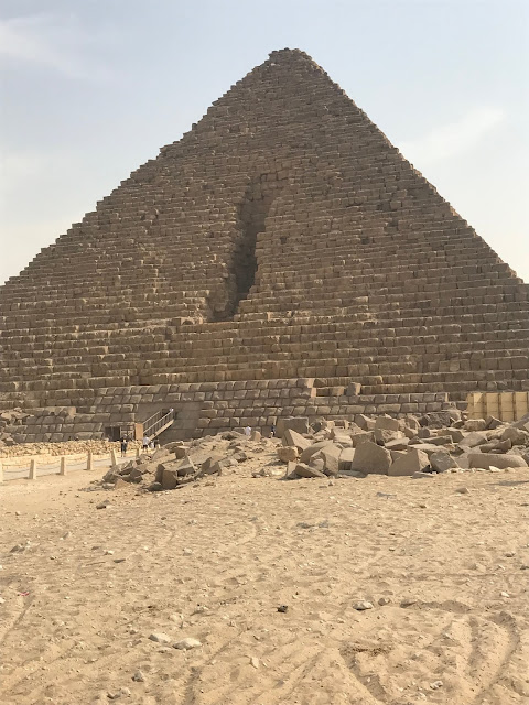 Pyramids of Egypt things to do
