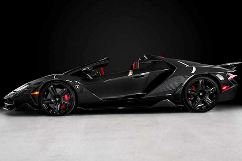 Lamborghini Centenario siêu hiếm được chào bán lại: Giá bằng 5 chiếc Aventador nhưng vẫn được coi là món hời