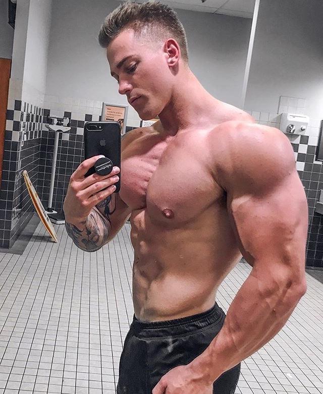 huge-muscular-shirtless-dude-strong-pecs-big-biceps-young-hunk-selfie