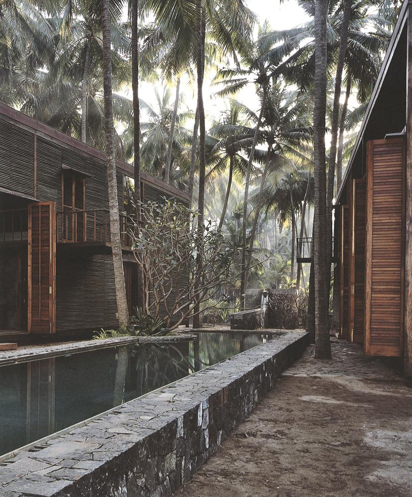 Backyard Paradise: Paradise Backyard: Studio Mumbai