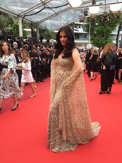 abhishek-bachchan-awestruck-by-aishwarya-cannes-look