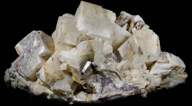 Dolomita y agregados minerales