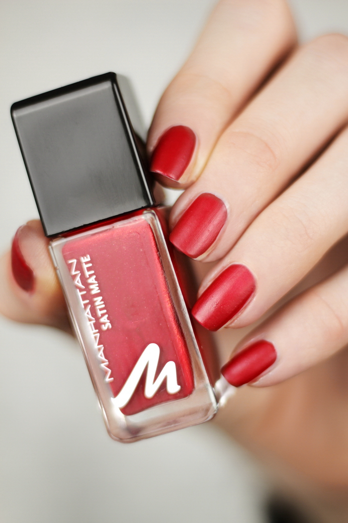 Manhattan Glam Red Matte about Red