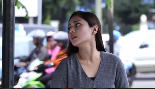 Yuli di Sinetron Tukang Ojek Pengkolan (TOP)