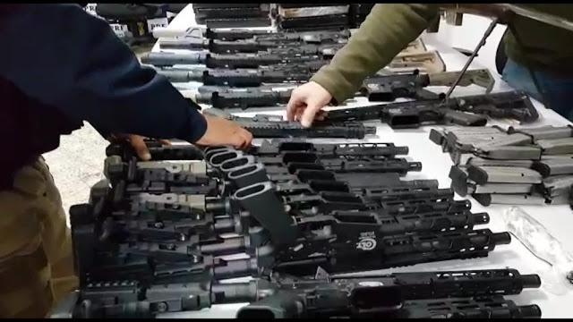 PRF apreende carregamento de fuzil que estava sendo levado para o Complexo da Maré, Zona Norte do Rio VEJA O VIDEO