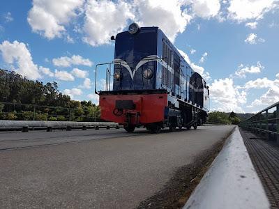 Resultado de imagem para HOJE: Viagem Inaugural do Comboio Histórico do Vouga Estação de Aveiro