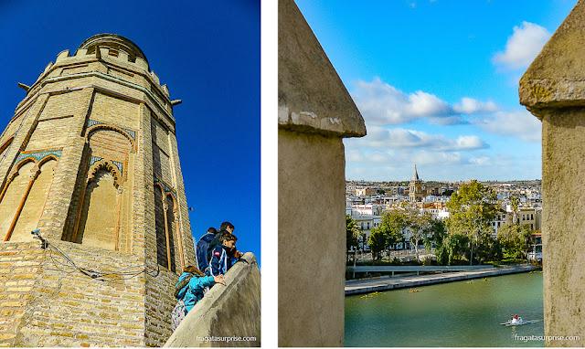 O Rio Guadalquivir e o bairro de Triana vistos do alto da Torre do Ouro, em Sevilha
