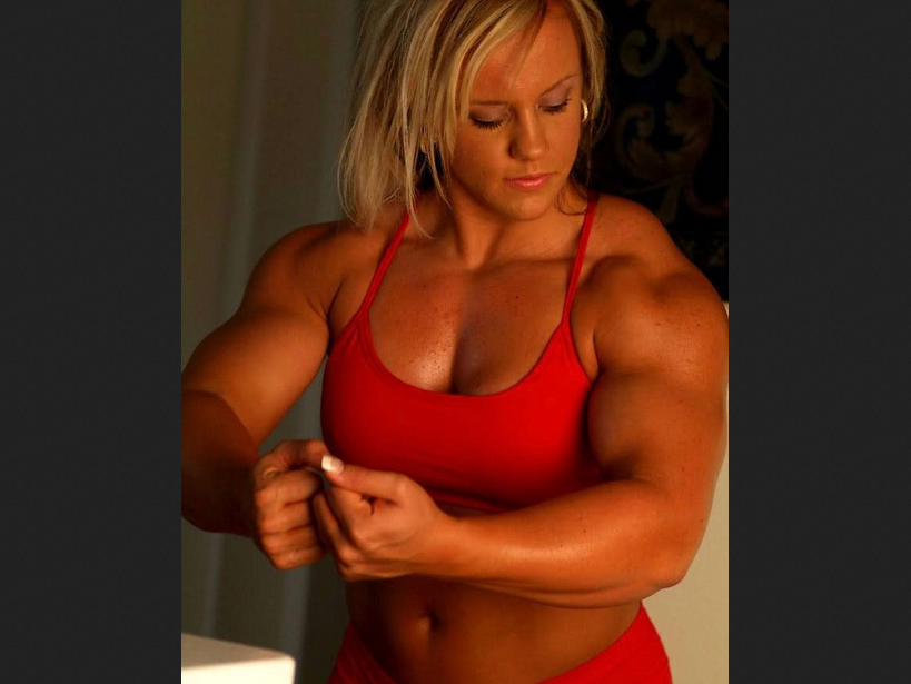 Is Big Better When it Comes to Building Muscle?
