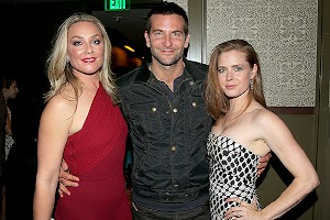 film: Bradley Cooper and Amy Adams at the special screening tape American Hustle.