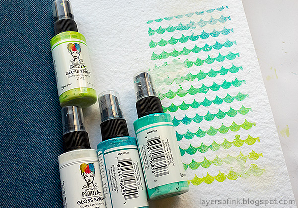 Layers of ink - Sprays and Splashes Art Journal Page by Anna-Karin Evaldsson. Mist with Dina Wakley Gloss Spray